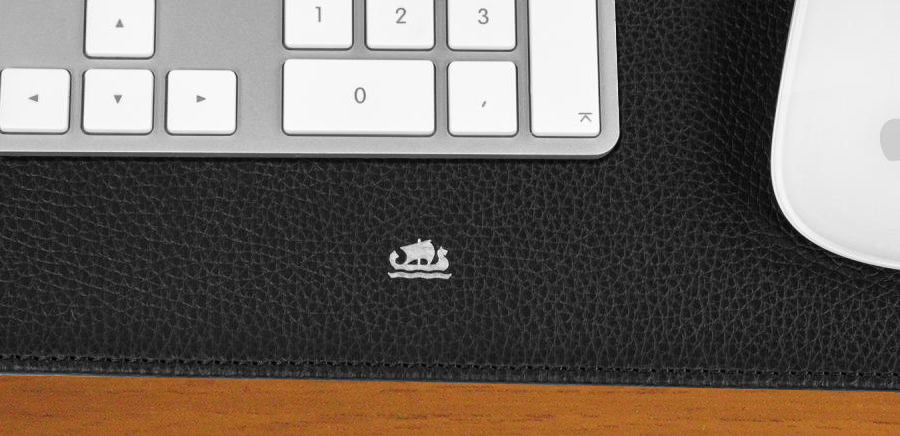 Skrivebordsunderlag i læder