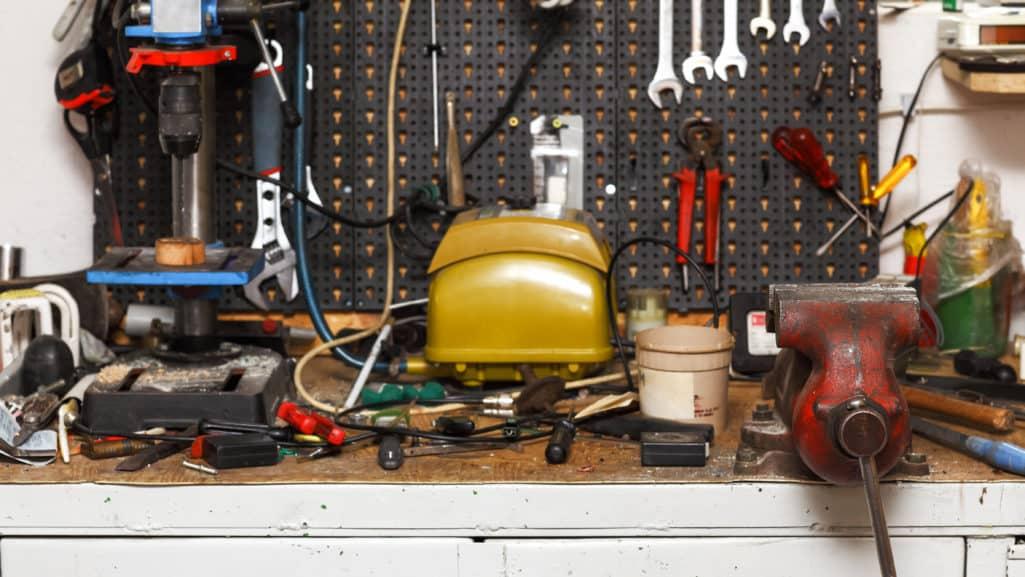#B92212 Bedst Værkstedsindretning 5 Møbler Som Gør Din Indretning Mere Praktisk Gør Det Selv Isolering Af Etageadskillelse 5503 474326705503